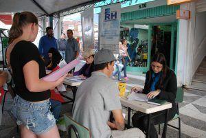 Processo seletivo em Belém hoje para varias oportunidades, mandem seus currículos