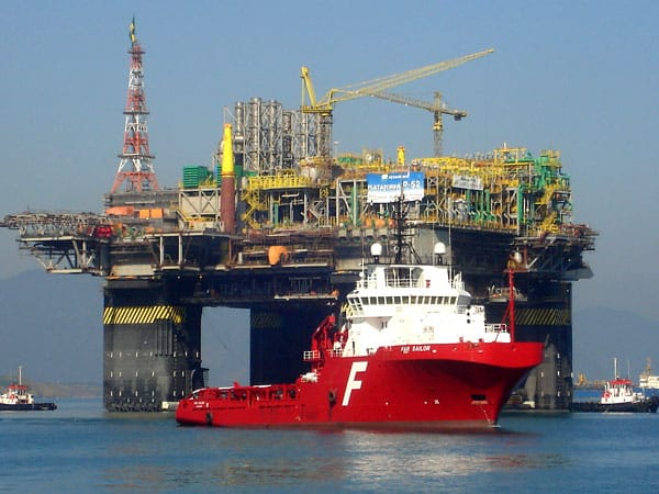 Vagas offshore e onshore Empresas em Macaé recrutam com urgência