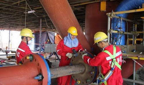 Oportunidades offshore em empresas de petróleo movimentam a economia hoje no RJOportunidades offshore em empresas de petróleo movimentam a economia hoje no RJ