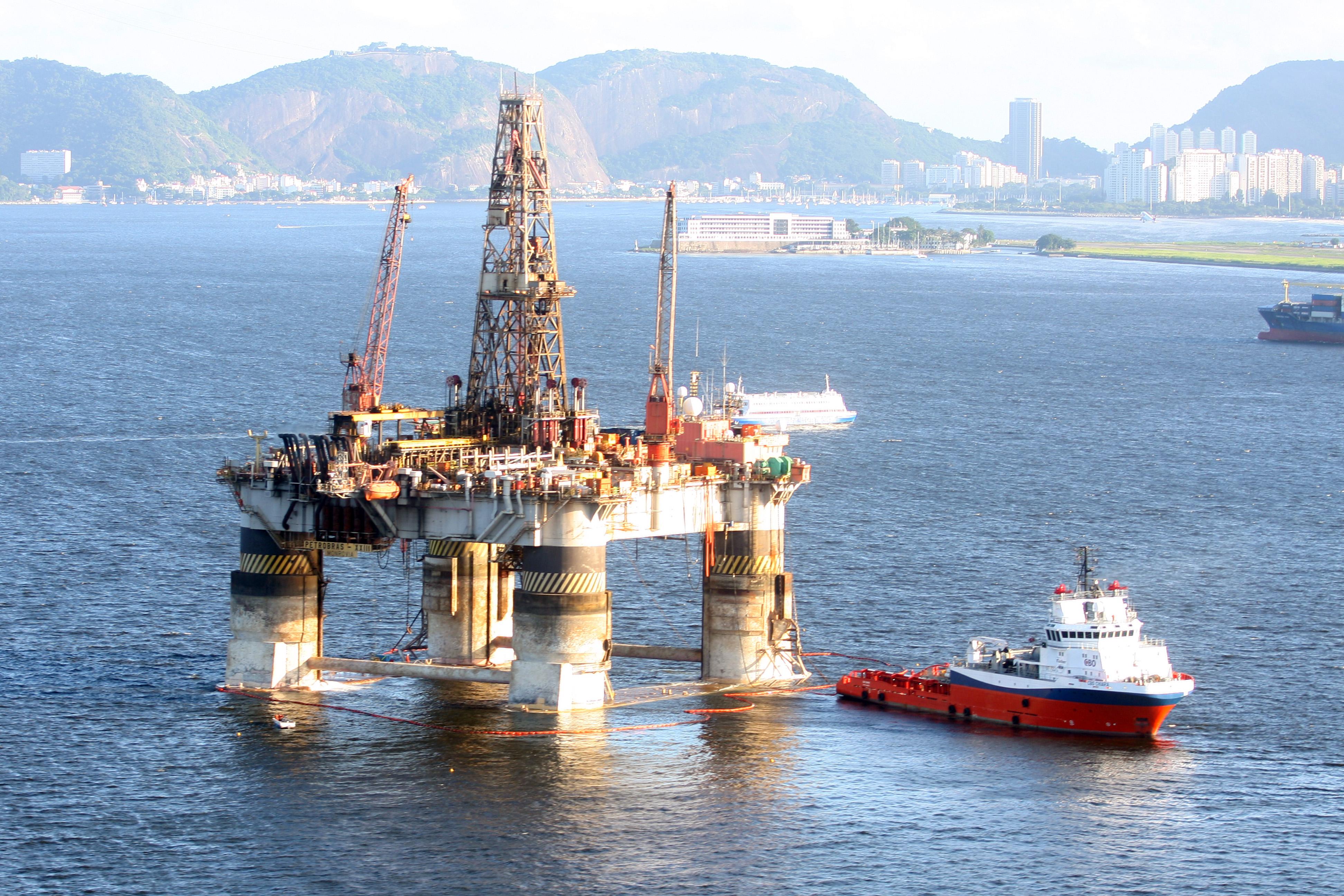 Vagas offshore em parada de produção para o dia 6 de junho Mandem seus currículos agora