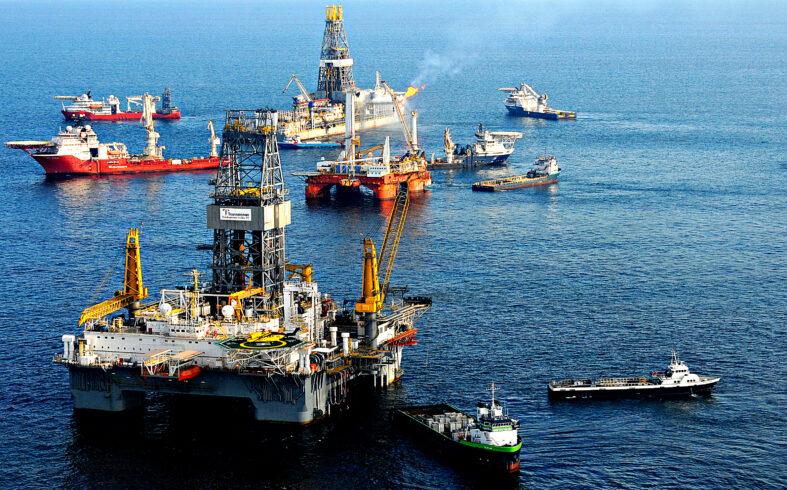 Maratona de contratações hoje no setor de petróleo movimentam a economia