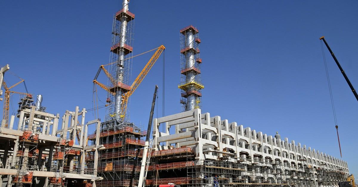 Comperj se aproximando: Brasília acabou de liberar US$ 3,2 bilhões para o início das obras