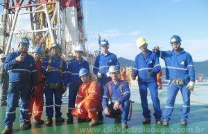trabalhadores do petróleo