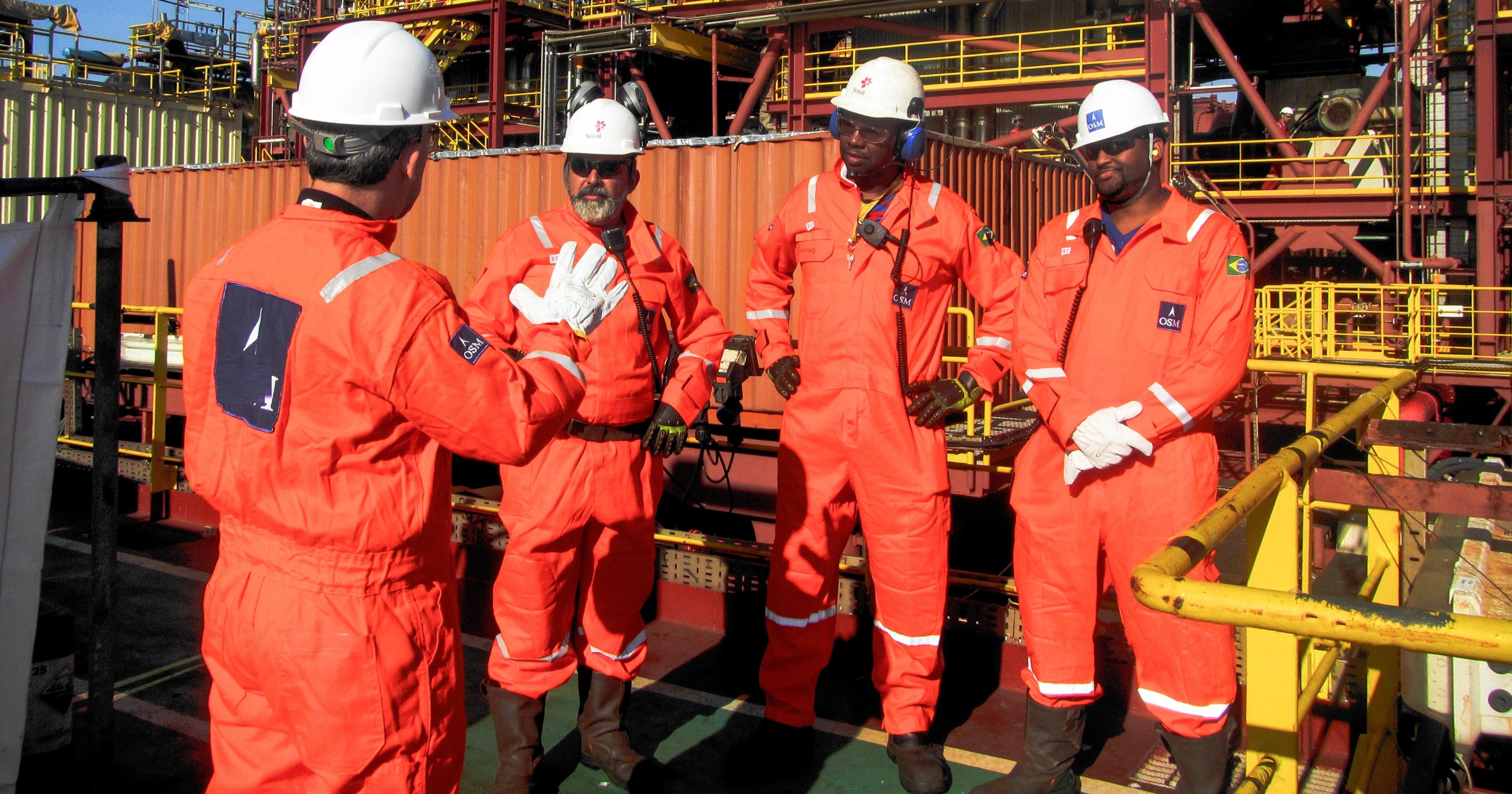 Currículos no laço: Multinacional do petróleo já está se instalando no Brasil e convoca trabalhadores