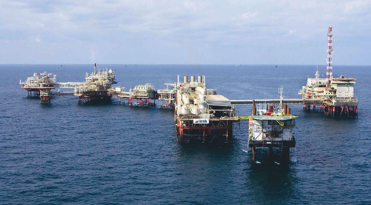 160 vagas offshore na Bacia de Campos