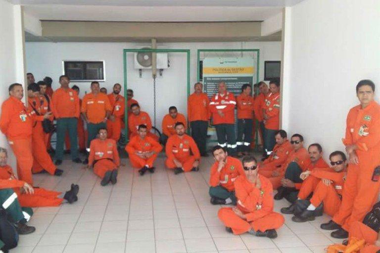Greve nacional dos Petroleiros começou mesmo com a proibição do TST