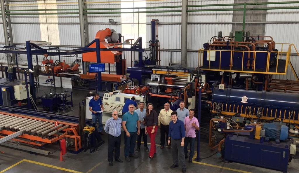 Perfil Alumínio contrata na área de manutenção industrial