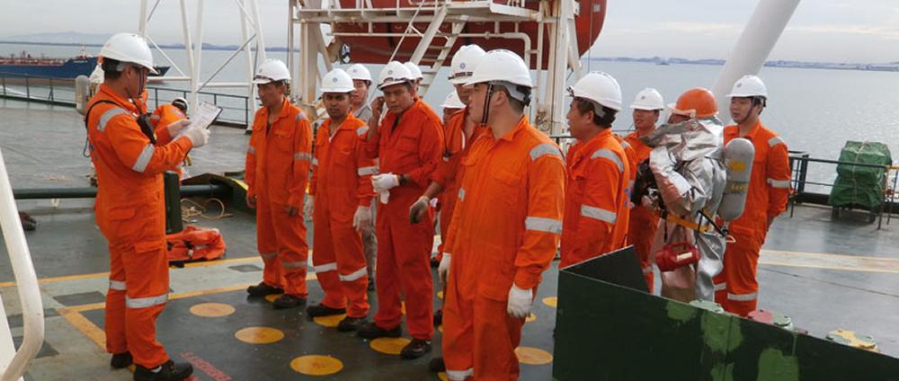 Vagas offshore macaé Aker CSE