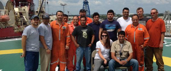 80 ajudantes offshore no laço e integração na hora