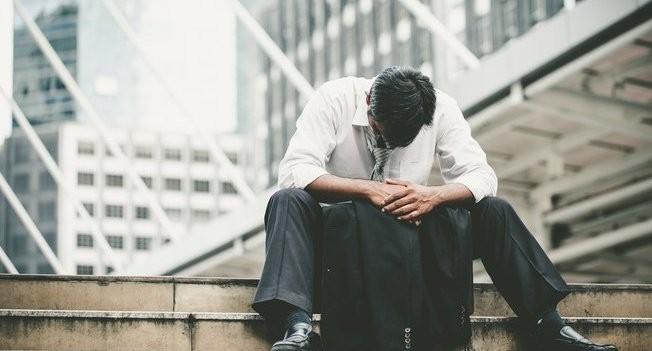 DEMISSÃO: Depressão Vs Atitude