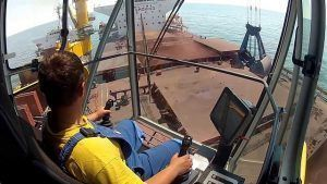 Vaga offshore para operador de guindaste na atlas