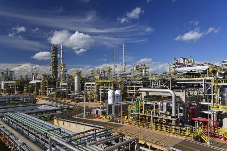 Petrobras retoma produção na Replan após liberação da ANP