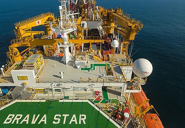 Shell Contrata Navio da Queiroz Galvão
