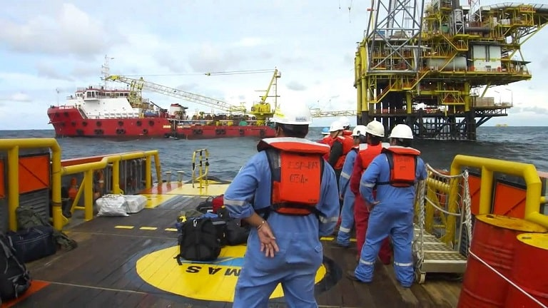 Várias vagas offshore para técnicos com inicio imediato