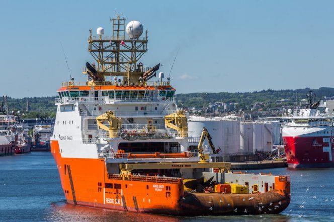Total Solstad Farstad navios