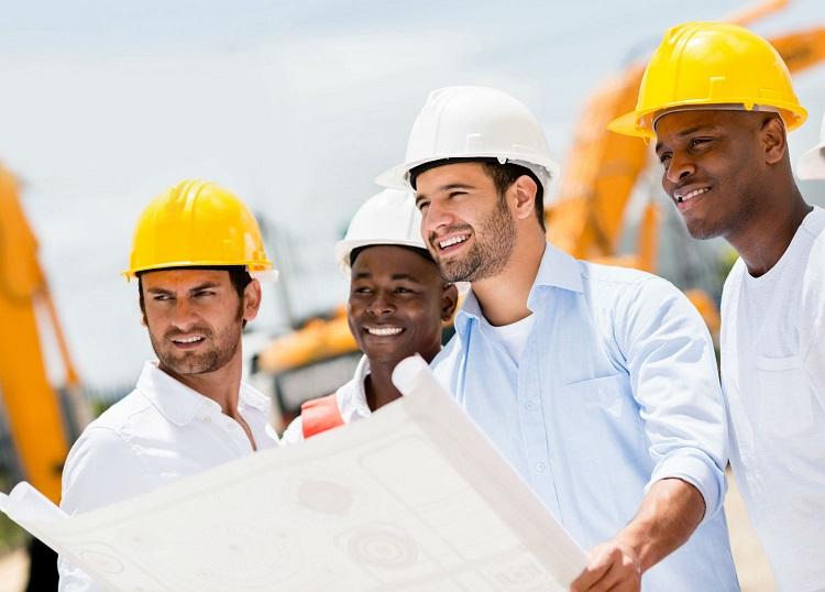 Empresas pelo pais seguem contratando profissionais da engenharia