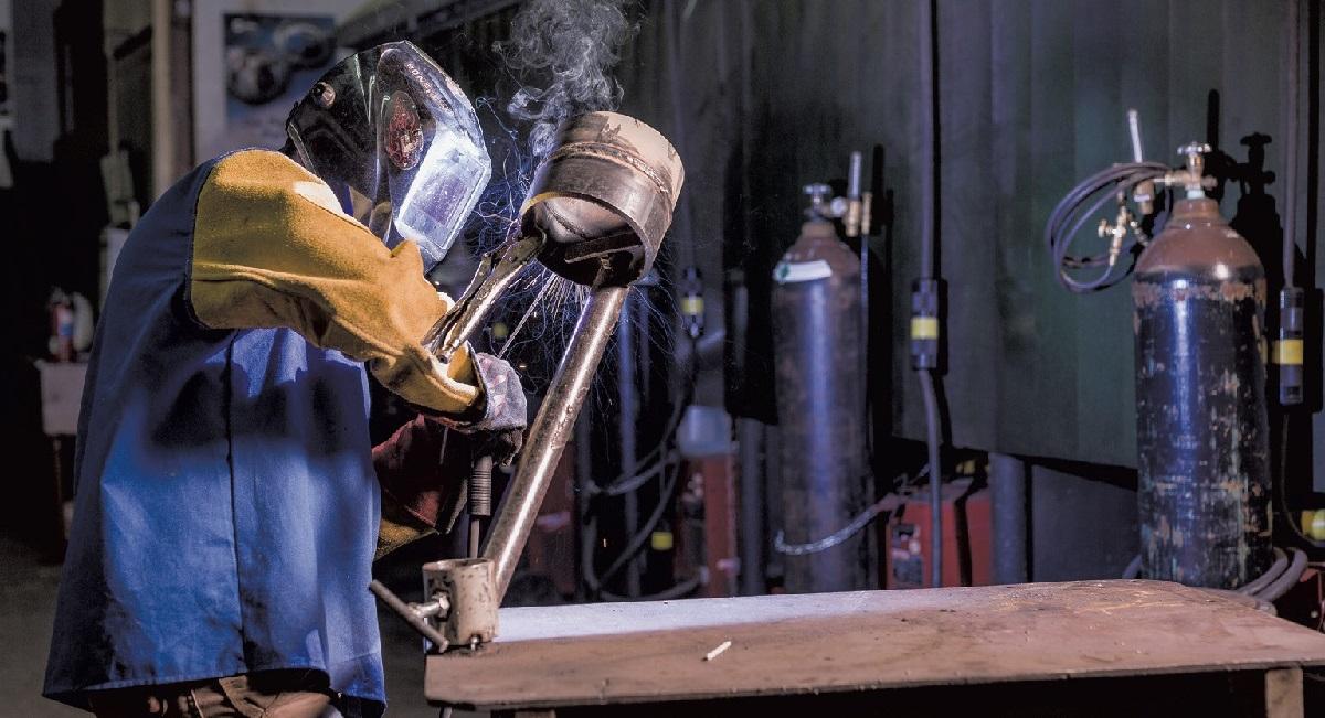 Cascadura Industrial busca profissionais para trabalho sem experiencia