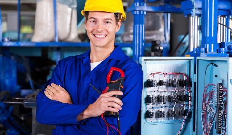 METTA contratando Eletricista com curso profissionalizante