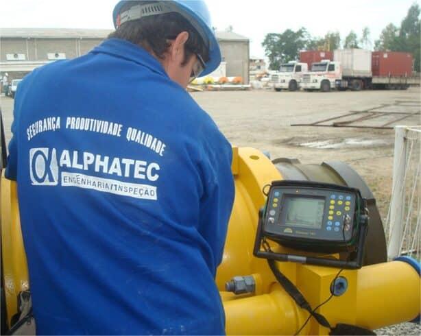 ALPHATEC S.A contratando inspetores e outras funções