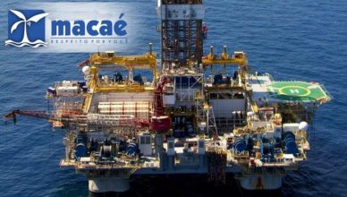 Macaé primeiro emprego offshore petróleo