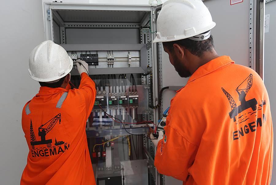 Engeman requisita Técnico em Segurança do Trabalho offshore em Macaé