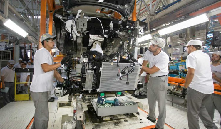 1b1dfb4fc A fabricante de automóveis Nissan requisita Técnicos e Engenheiros para  atuar em sua fábrica em Resende RJ