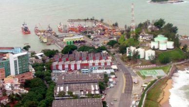Macae Rio das Ostras vagas Offshore manutenção Elfe Engenharia