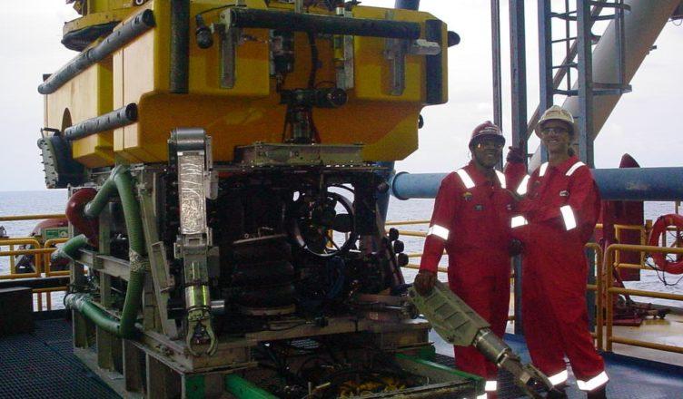 Offshore Oceaneering ROV Trainee Macaé
