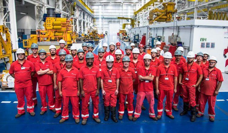 vagas offshore e onshore em Macaé