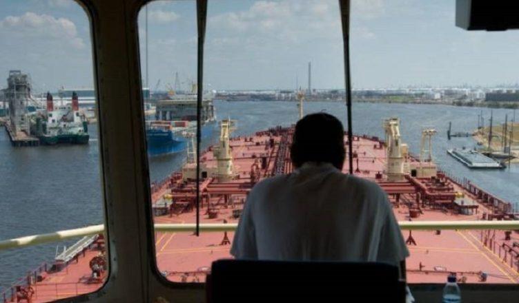 Marítimos oficiais