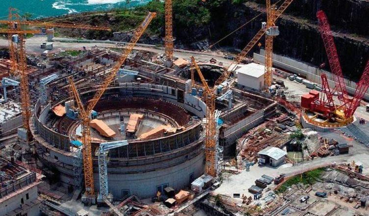 Governo Brasil usina nuclear urânio