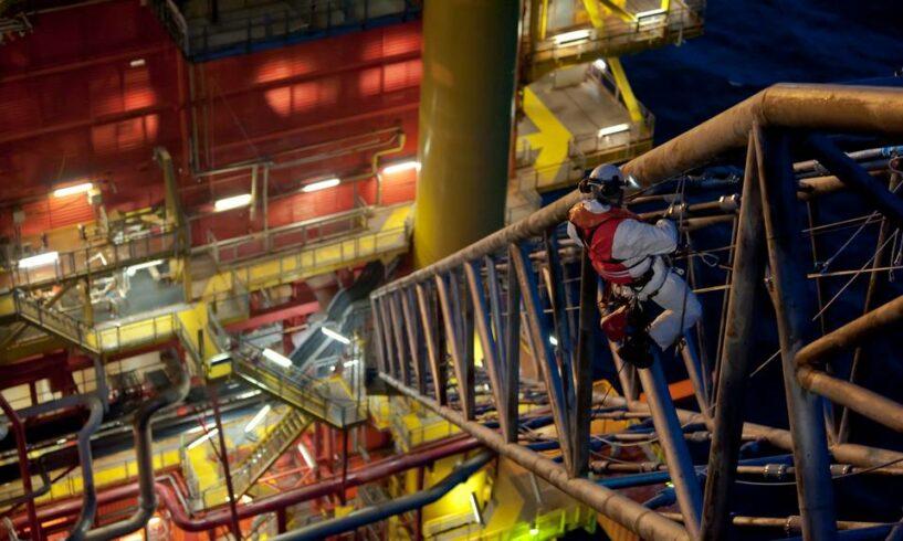 Vagas de emprego offshore multinacional Rio Curitiba
