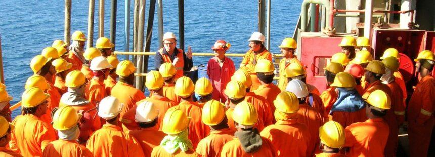 muitas vagas de emprego Petrobras offshore