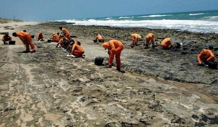 Petróleo Brasil manchas Ibama governo nordeste
