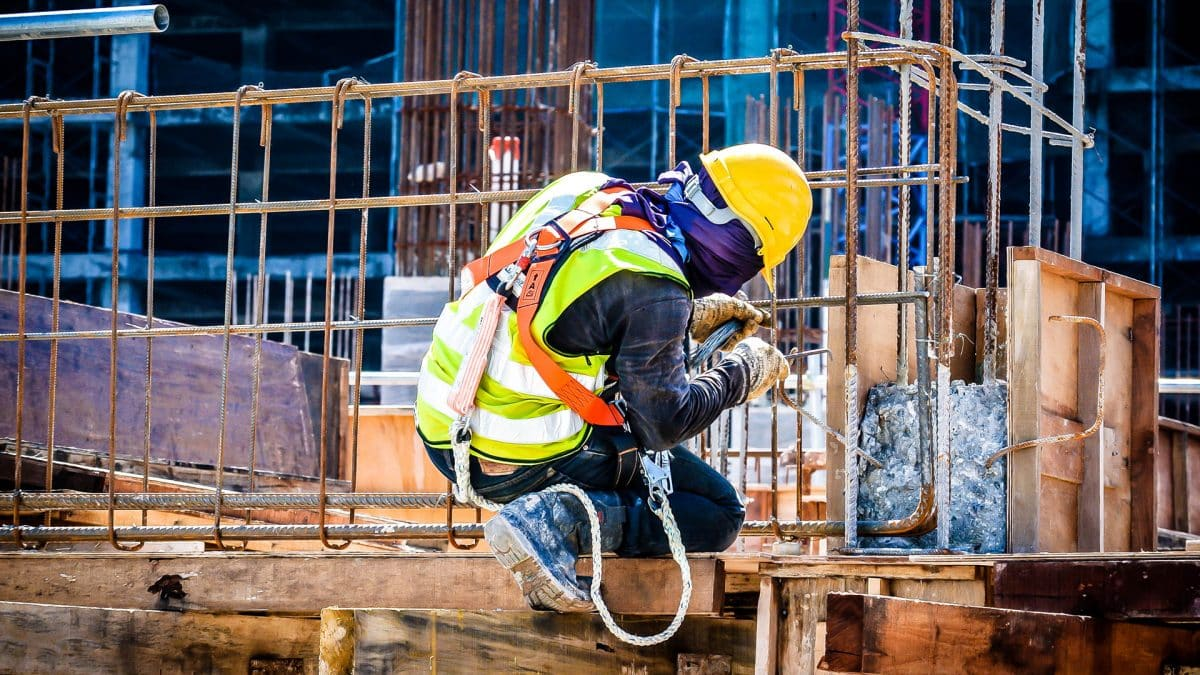 54 vagas de emprego em construção civil pela multinacional Babcock
