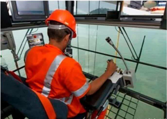 vaga de emprego offshore operador de guindaste Rio de janeiro