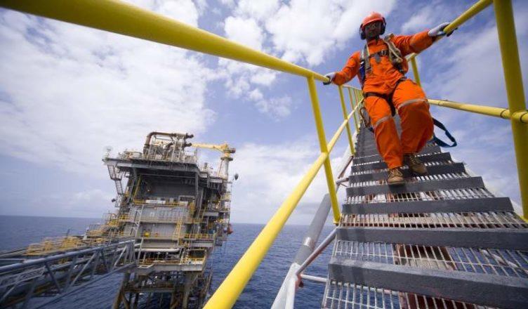 KEMPETRO Engenharia com vagas de emprego abertas no setor de óleo e gás para técnicos no RJ e SP