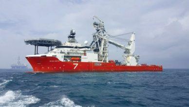 Líder offshore Subsea 7 seleciona candidatos com nível técnico para embarque em navio PLSV