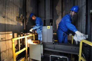 Multinacional de elevadores no Brasil convoca técnicos para serviços de inspeção e manutenção