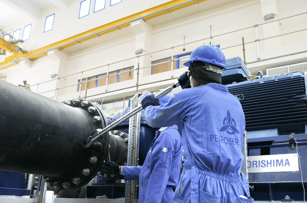 Petroserv acaba de anunciar vaga de emprego em Macaé para atividades offshore em escala 14 x 14