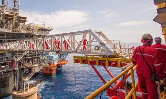 Vagas offshore bacia de campos Elfe engenharia