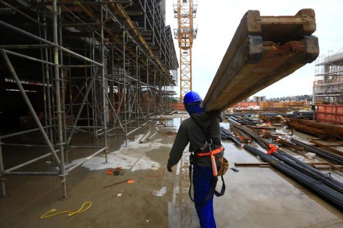 5 mil novas vagas de emprego na área de construção civil para implantação de shopping, em Praia Grande SP
