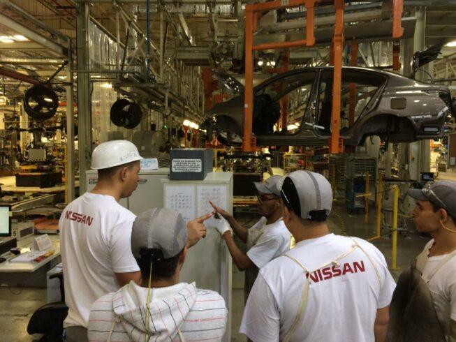 A semana inicia com vagas de emprego na multinacional japonesa fabricante de automóveis Nissan em suas fábricas do RJ, SP e PR