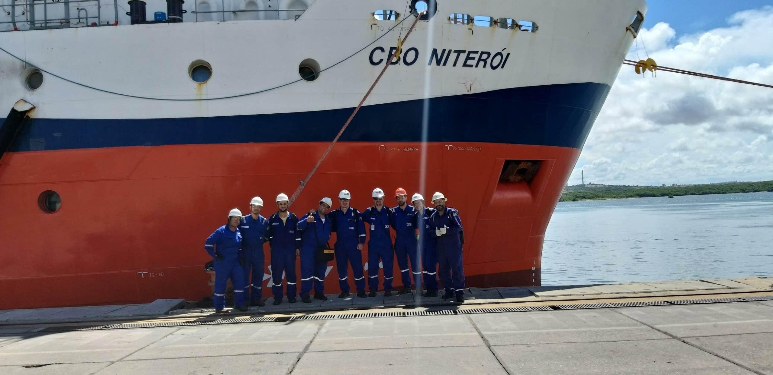 Marítimos são convocados para trabalhar no RJ pela Companhia Brasileira de Offshore