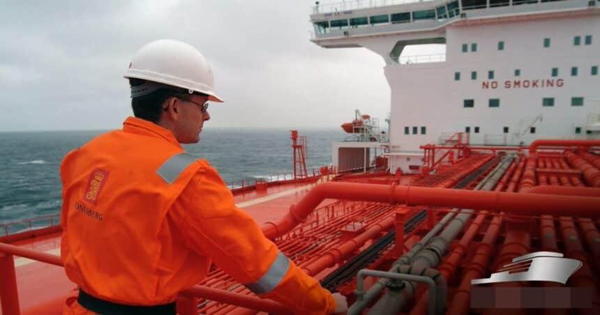 Vagas de emprego para trabalhar em navio petroleiro em escala de 60×60 anunciadas às 12h de hoje