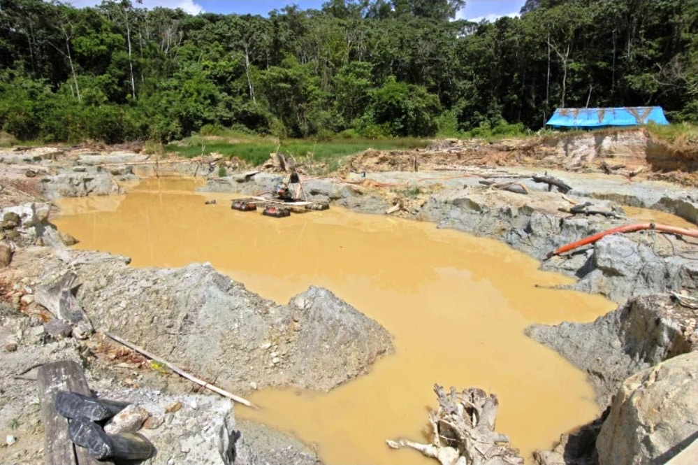 Governo brasileiro quer explorar petróleo e minério em terras indígenas