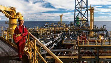 Nove poços de petróleo e gás no pré-sal da Bacia de Campos foram licenciados ontem pela Shell