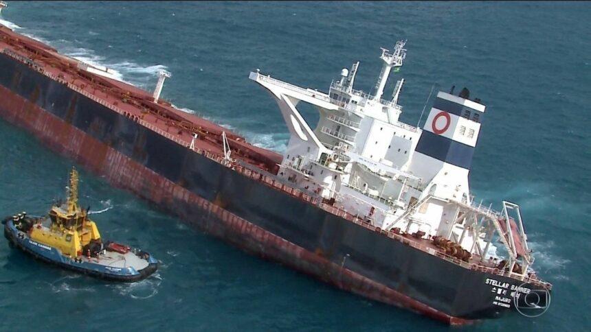 Retirada de óleo de navio navio de minério de ferro da Vale encalhado no Maranhão deve iniciar domingo