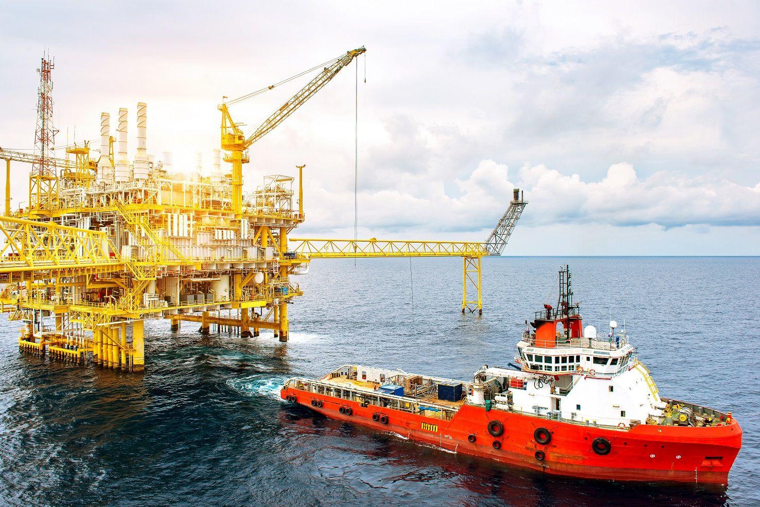 Petróleo e Gás Linhares ES Prudente Refeições Engenheiros Administradores