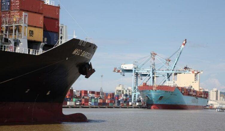 Contaminados em SC pelo coronavírus cresce; setores portuários e de construção naval buscam se adequar à nova realidade